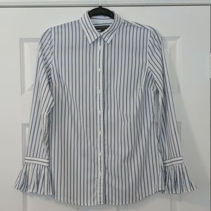 Banana Republic Riley Button Up w/ Pleated Sleeves